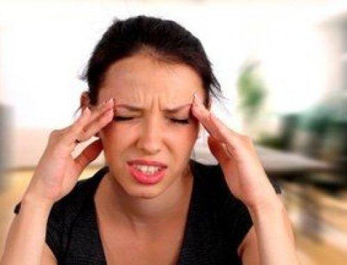 Szemproblémák is állhatnak a súlyos fejfájás hátterében