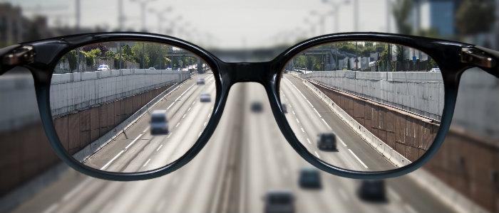 Hamis myopia felnőttek kezelésében
