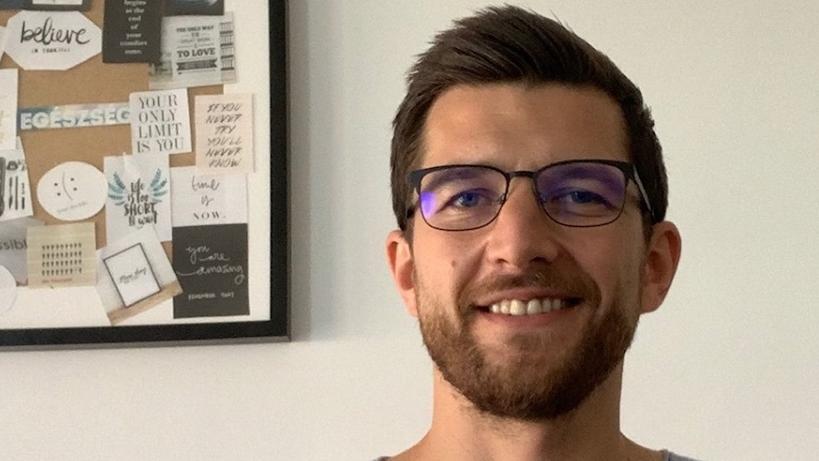 válogatott szemüveg