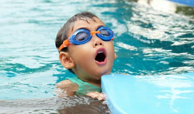 hogyan lehet javítani a látást a medencében