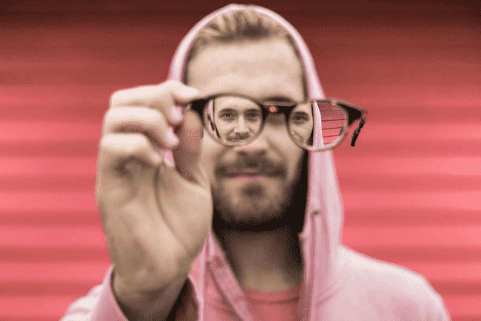 milyen szemüveget kell látni 0 3